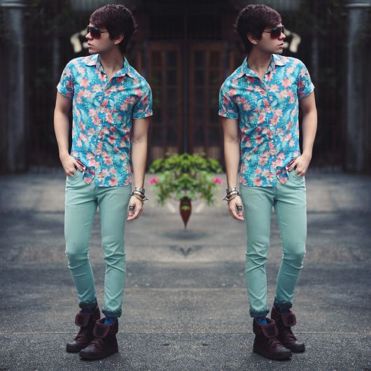 camisa havaiana com skinny
