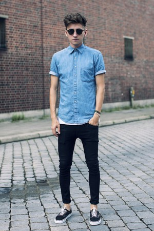 camisa jeans masculina manga curta e calça