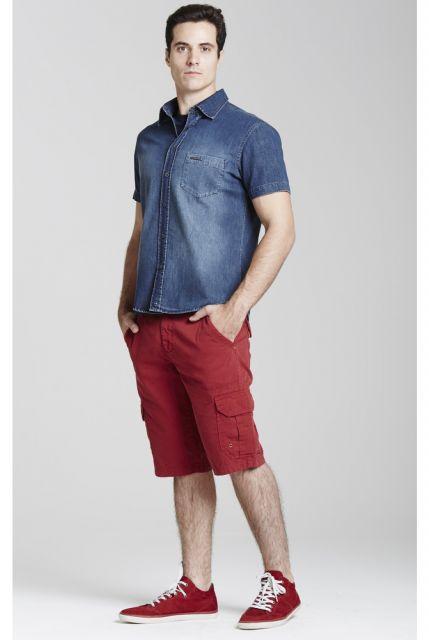 camisa jeans masculina manga curta e tenis