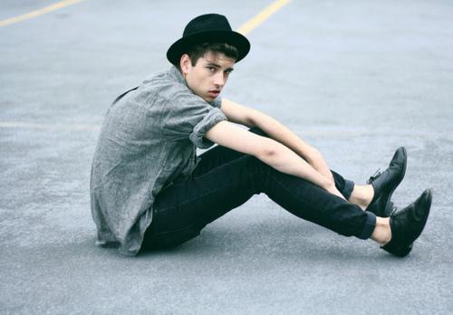 chapeu moderno masculino