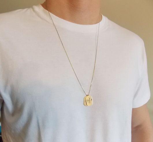 colar de ouro pingente