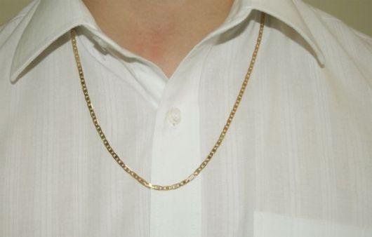 colar simples de ouro