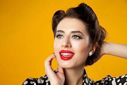 cabelo estilo pin up moderno