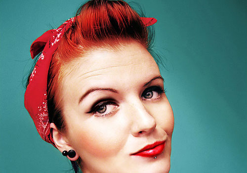 estilo pin up com bandana