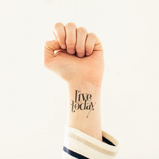 frases para tatuagem live today