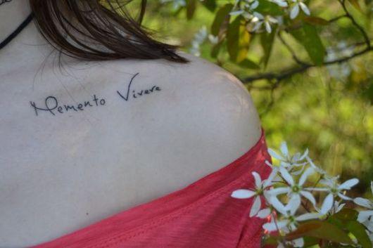 Frases para tatuagem 70 inspira es apaixonantes for Frases de memento