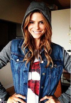 Jaqueta jeans com manga de moletom: looks, fotos e dicas