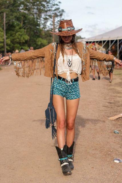 exemplo de look country com franjas