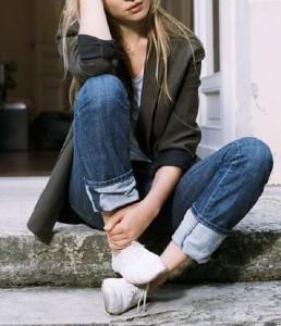 Jeans dobradinho e blazer