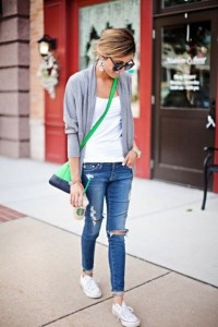 Jeans e regata branca