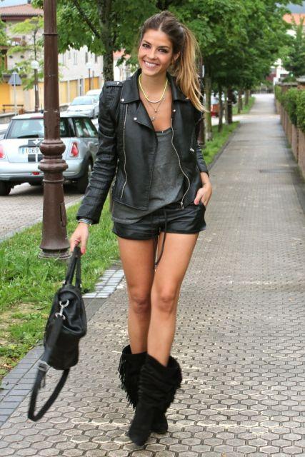 vestir para ir ao shopping short e jaqueta couro