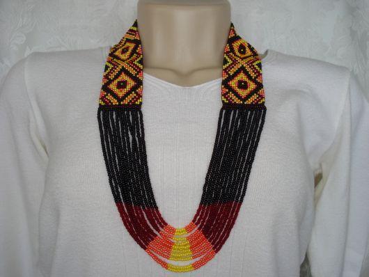 maxi colar tribal africano