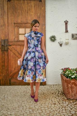 tassia de vestido florido