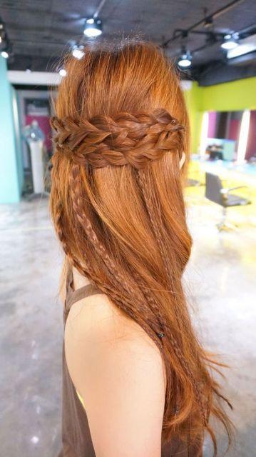 cabelo liso com tranças