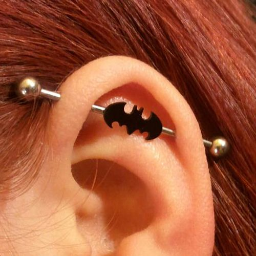 piercing no helix scaffolding do batman