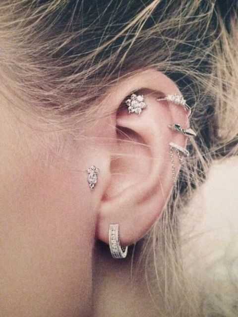 piercing no tragus delicado