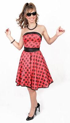 vestido vermelho e preto