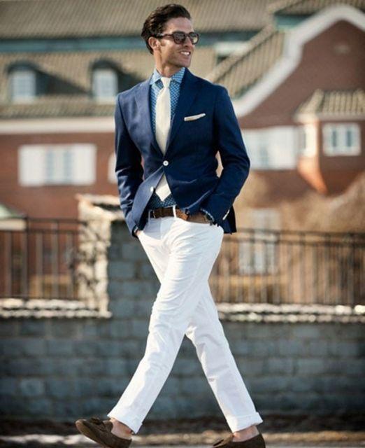 calça branca com blazer em roupas masculinas estilosas