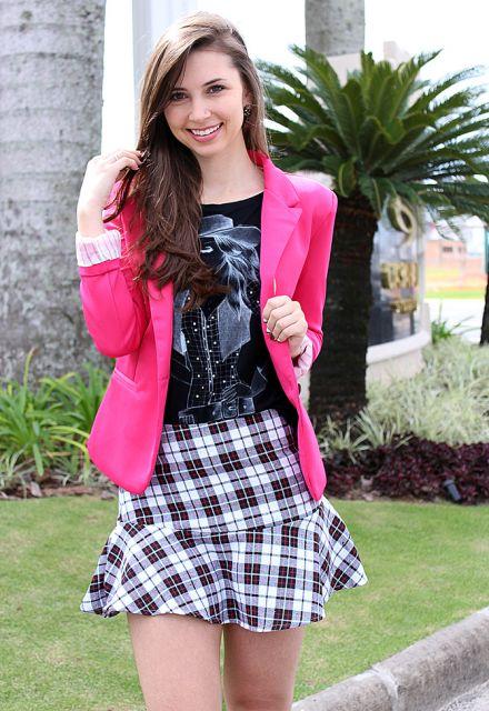 saia xadrez com blazer rosa