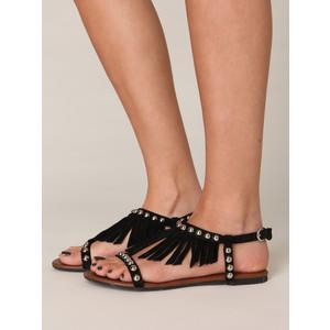 sandália de franja rasteira preta como usar