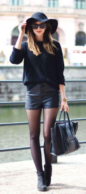 short couro com meia calça