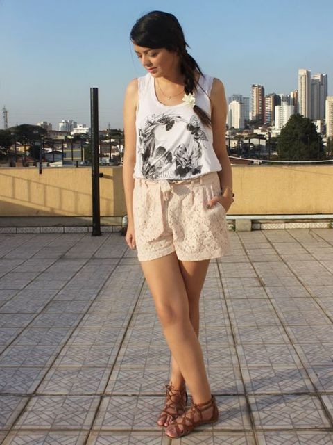 short de renda lia