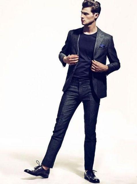 slim fit e camisa preta
