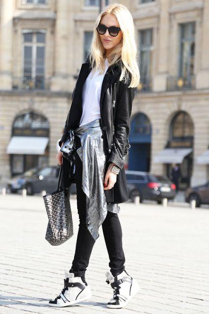 street style com jaqueta de couro