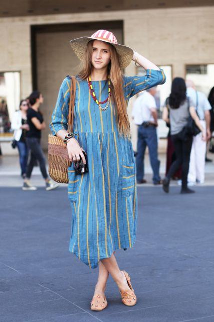 vestido com listras no street style