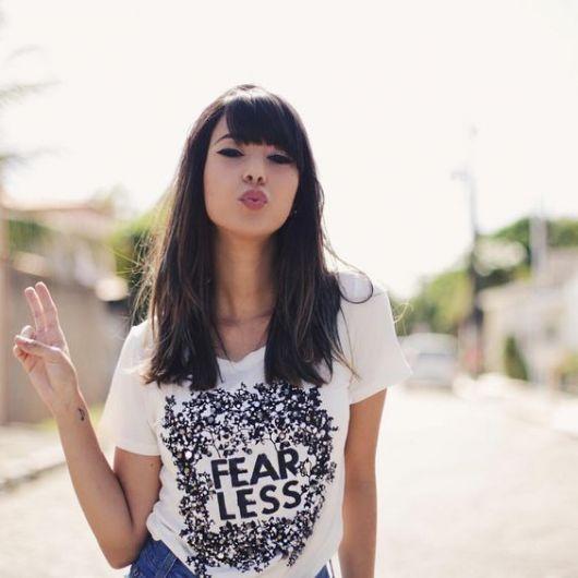 exemplo de t-shirt feminina bordada
