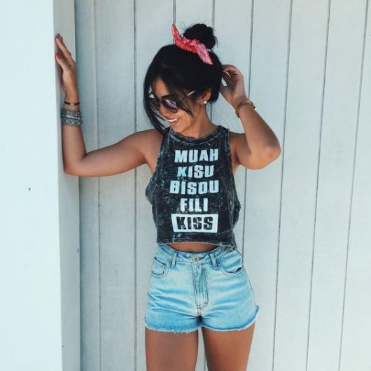 exemplo de t-shirt feminina regata