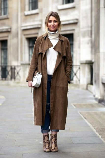 trench coat capa