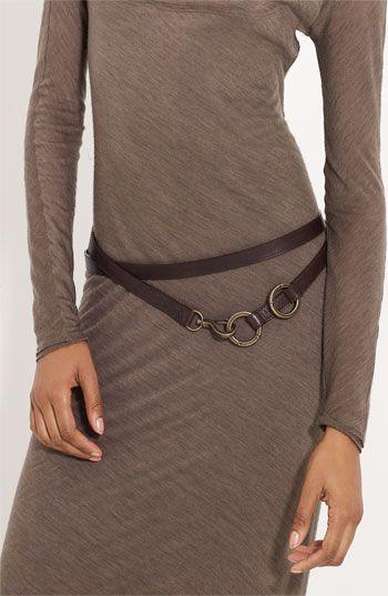 vestido com cinto duas voltas