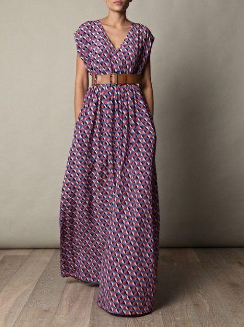 Vestido longo liso com cinto
