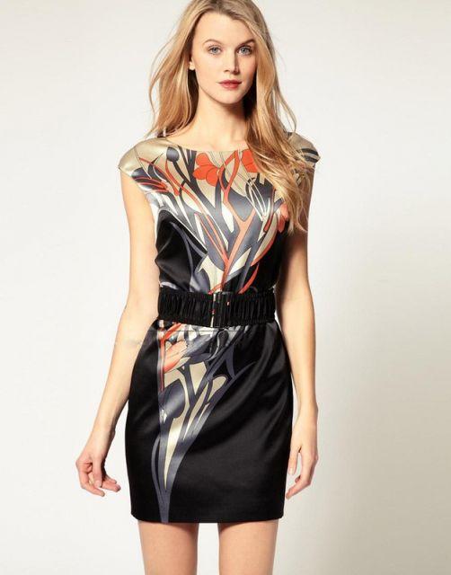 vestido de seda com estampa etnica