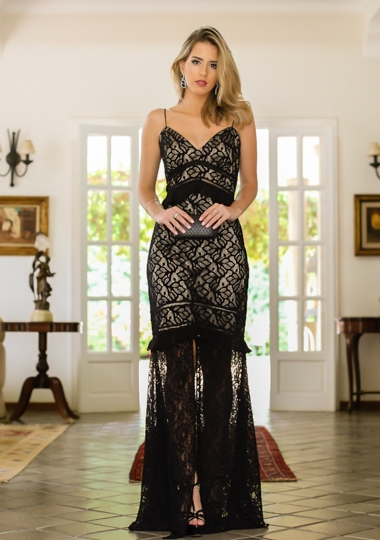 vestido preto moderno