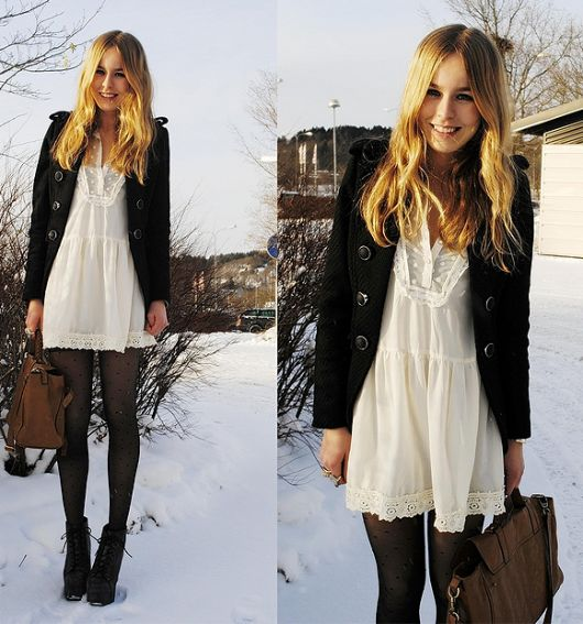 vestido branco com meia preta