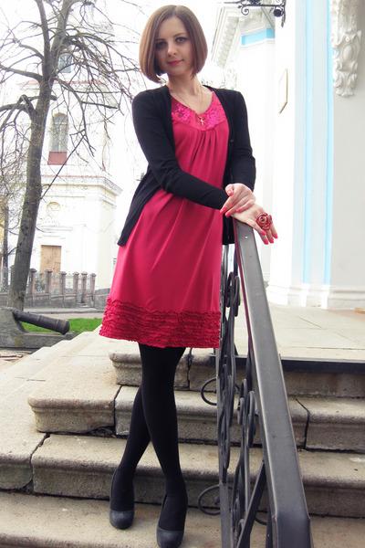 vestido rosa com meia