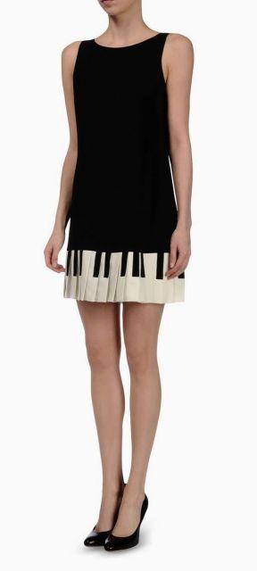 vestido preto e branco piano