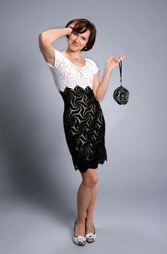 vestido preto e branco rendado p&b