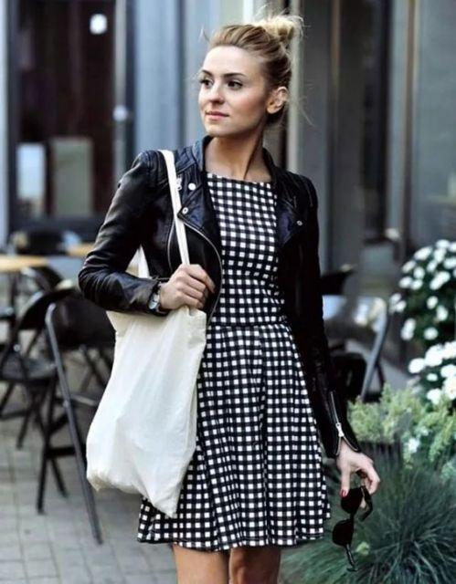 vestido preto e branco rodado xadrez