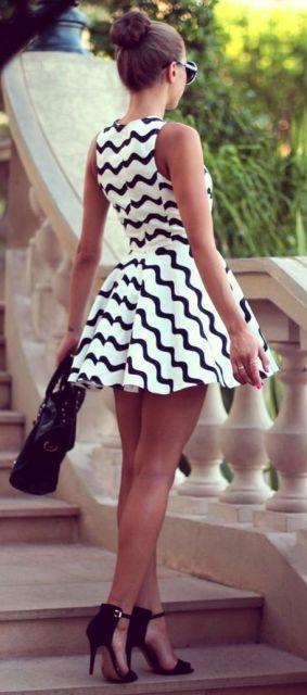 vestido preto e branco rodado