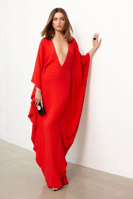 vestido com decote