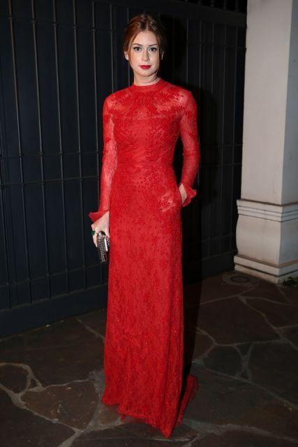 vestido vermelho longo social com mangas