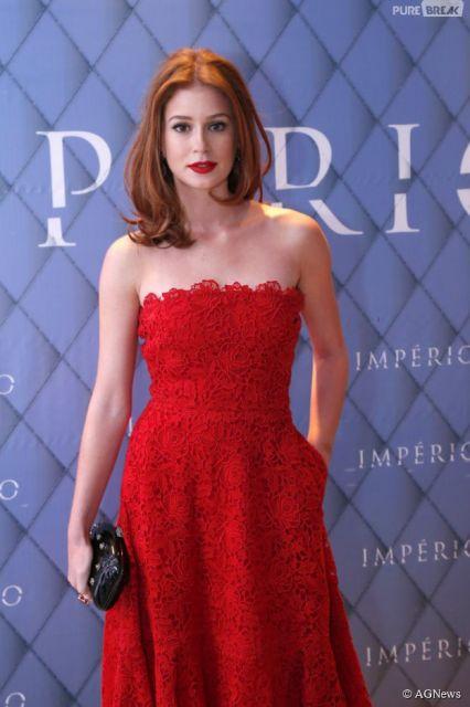 vestido vermelho longo social rendado
