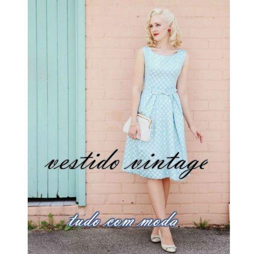 vestido vintage azul claro capa