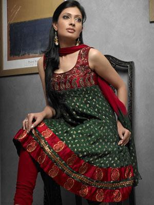punjabi suit verde e vermelho