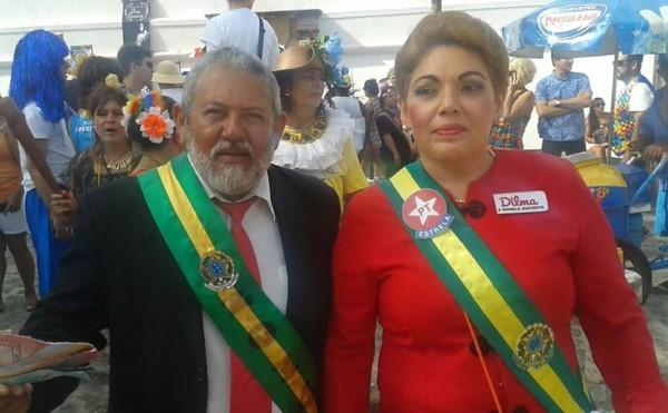 Fantasia do Lula e da Dilma para Carnaval