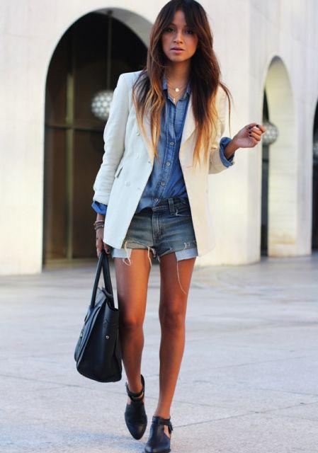 blazer capa com short jeans