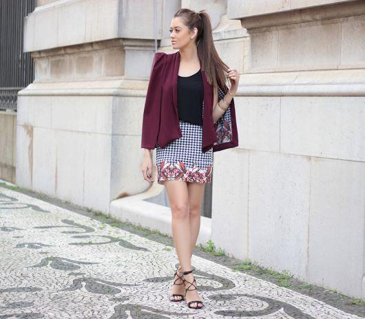 blazer capa com saia xadrez